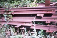 Штабель снятых рельсов в Демидово на территории депо